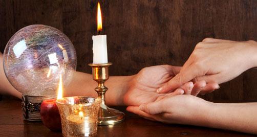 La magia, la divinazione, la stregoneria e tutto ciò che è ad esse
